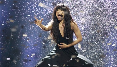 #EurovisionAgain: Sweden's Loreen triumphs in the online voting for the 2012 contest
